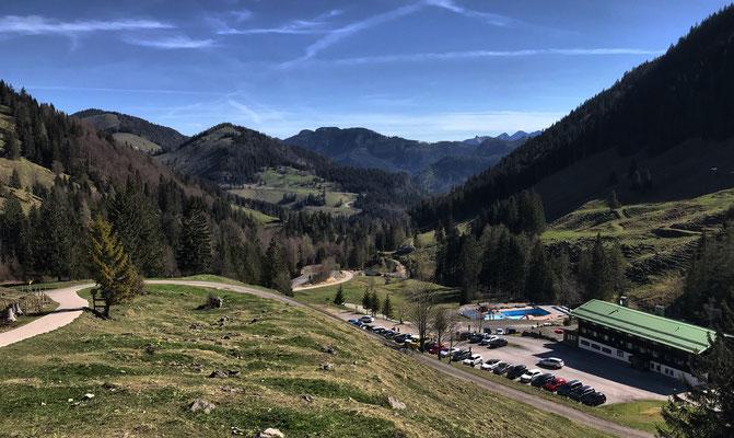 Blick auf den Berggasthof Rosengasse kurz nach dem Start