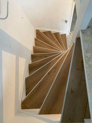 Voorbeeld traprenovatie met laminaat