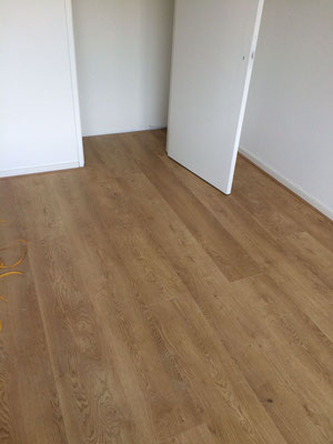 Mooie lange en brede planken | 2,20 meter lang en 24,3 cm breed
