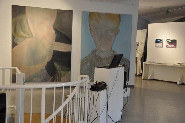 SECHS NEUE Malerei: Portraits von Ulrike Rutschmann; vor der Vernissage am 13.03.2020, fotografiert von Anna Maria Letsch, Bildarchiv GEDOK Karlsruhe
