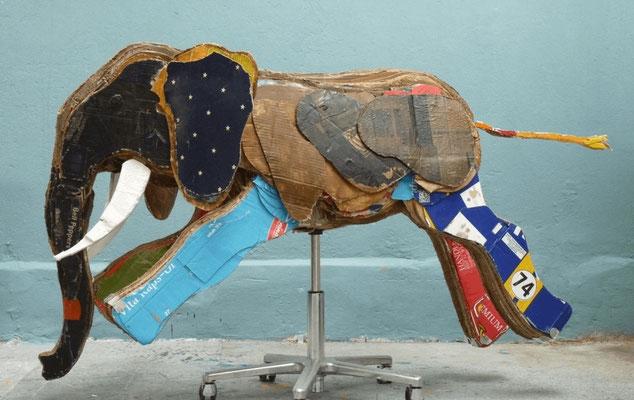 SECHS NEUE Plastik: Bronislava von Podewils, Elefant, 2015