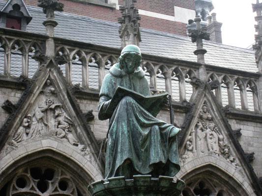 Im Klostergarten am Utrechter Dom