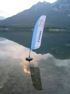 Hallstättersee, Floating Flag