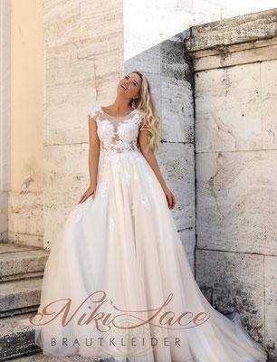 Niki Lace Brautkleider Hamburg -Prinzessinen Brautkleid mit Spitze