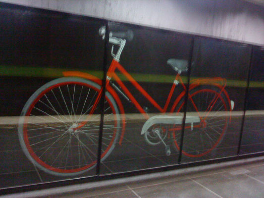 the red bicycle in Bergshamra metro station