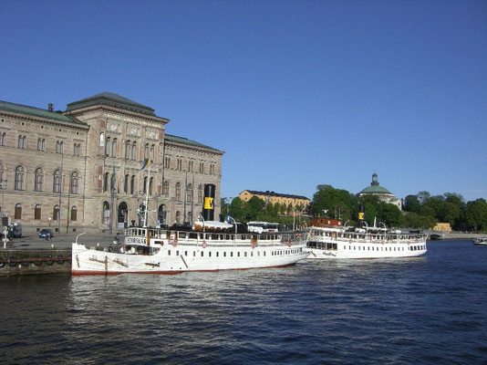 Nationalmuseum and steamboats