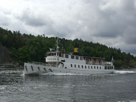 M/S Västan in the archipelago