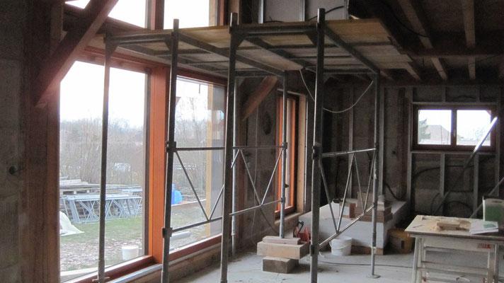 """échafaudage pour """"glisser"""" la baie vitrée du 1er depuis la mezzanine"""