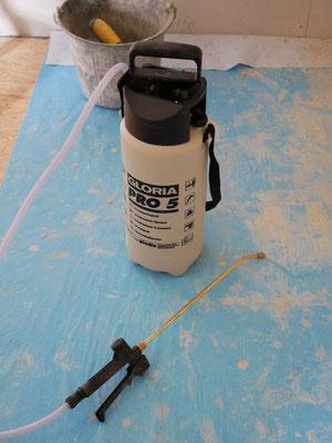 pulverisateur à pression pour humidifier les murs