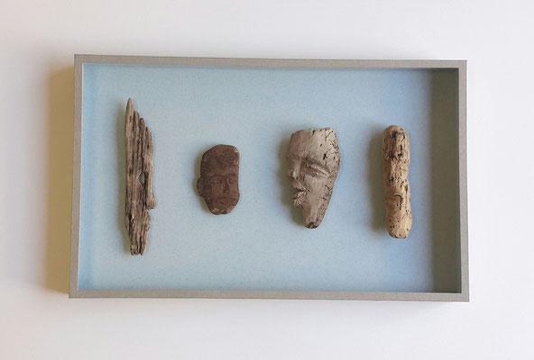 Sculptures en bois floté par Schwartzbord boîte en carton, papier et verre.
