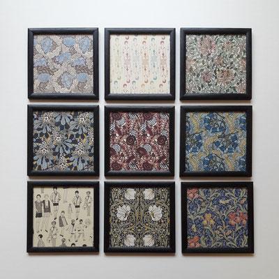 Copies de papiers peints 1900 - carrés méplat en chêne teinté anthracite.