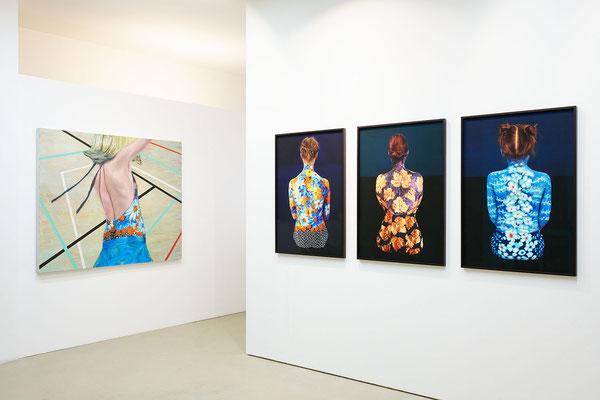 Ausstellungsansicht Sabine Dehnel – LebensVasen, Foto: Josh Schlasius Fotografie