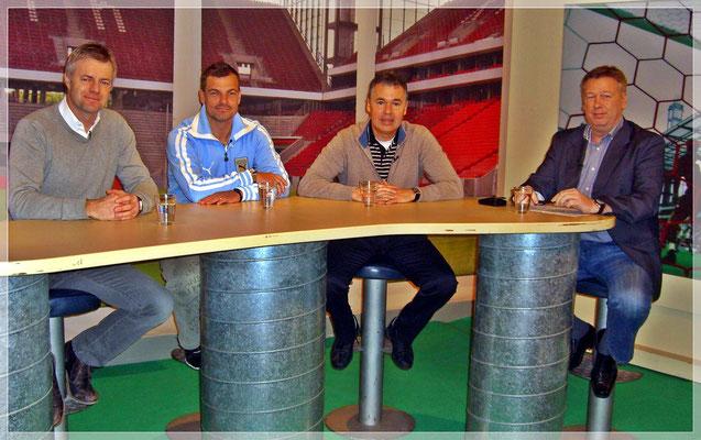 """Ein """"Heimspiel Fußball Talk"""" mit Tom Bartels (ARD), Ex-Profi Karsten Hutwelker und Andreas Rettig."""