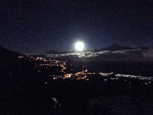 Coucher de pleine lune - 29.10.2012 - 05.45