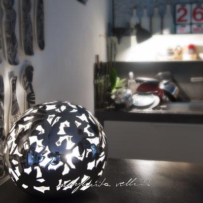 Sfera PIZZO metallo prezioso Platino 15% Margherita Vellini Ceramica Italiana fatta a mano Home Lighting Design