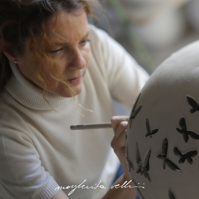 Handmade FARFALLE carving by Margherita Vellini - Ceramic Lamps -  Home Lighting Design - Made in Italy