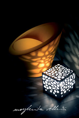 Lampade da tavolo / terra Cubo BLOB metallo prezioso Platino 15% Margherita Vellini Ceramica Italiana fatta a mano Home Lighting Design