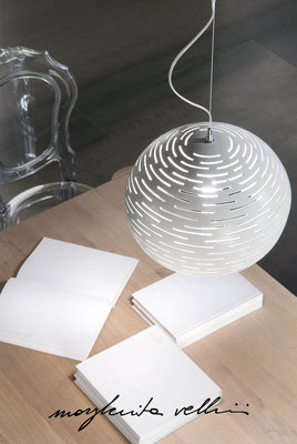 Lampade a sospensione  sfera ORIZZONTALI bianco lucido Margherita Vellini Ceramica Italiana fatta a mano Home Lighting Design