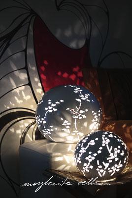 Lampade da tavolo / terra Sfere RAMAGE Maiolica smalto bianco lucido Margherita Vellini Ceramica Italiana fatta a mano Home Lighting Design