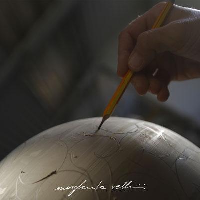 Disegno del taglio BAROCCO a matita Margherita Vellini Lampade in Ceramica Made in Italy Home Lighting Design
