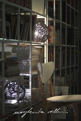 Lampade da tavolo / terra Sfere PIANETA smalto nero opaco Margherita Vellini Ceramica Italiana fatta a mano Home Lighting Design