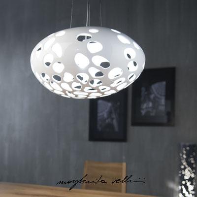 Sospensione Sasso piccolo  BLOB Maiolica smalto bianco lucido - Margherita Vellini - Lampade in ceramica - Home Lighting Design