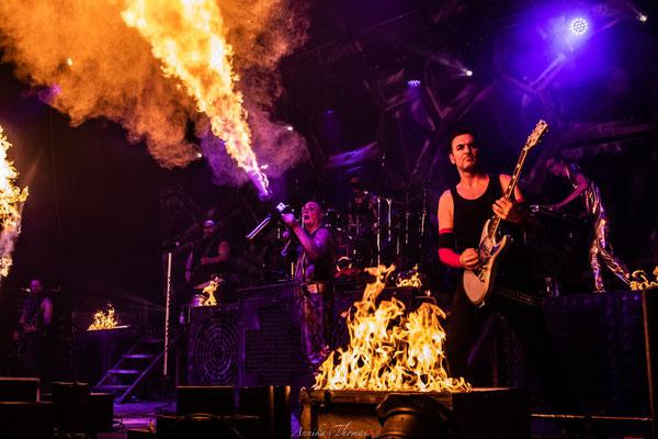 Handflammenwerfer und Flammenschienen,Bühnenshow Feuerengel