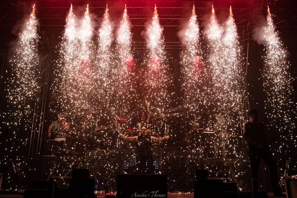 Spezieller Funkenwasserfall für Indoor- und Bühnenfeuerwerke,Bühnenshow Feuerengel