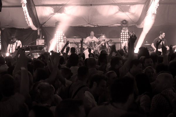 Oktoberfest Düsseldorf Albfetza Band