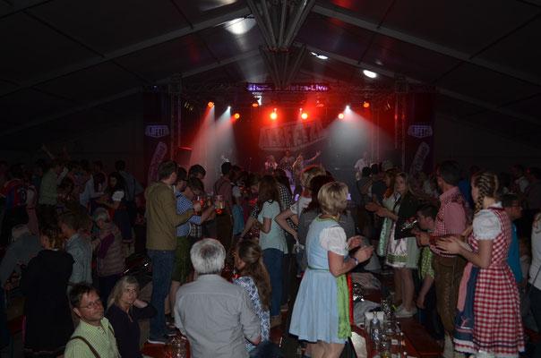 www.albfetza.de Albfetza Europas beste Oktoberfest und Partyband