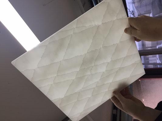 Alabaster Stone - Cracked Onyxin weiß mit gebrochener Optik - überraschend edel.