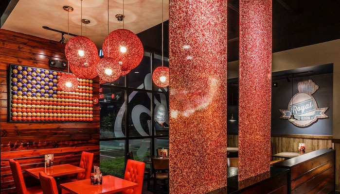 Individuelle Raumteiler in Lumicor Recycled Glass im Restaurant