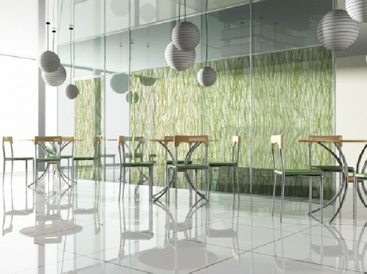 Durch die Bearbeitung erhält Glas seine ganz individuelle Optik - Glas mit Natur Inlay