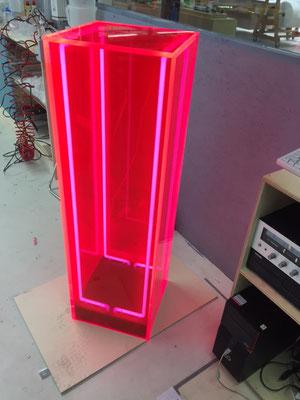 Individuelle Verarbeitung - Versato Neon Kunststoffe