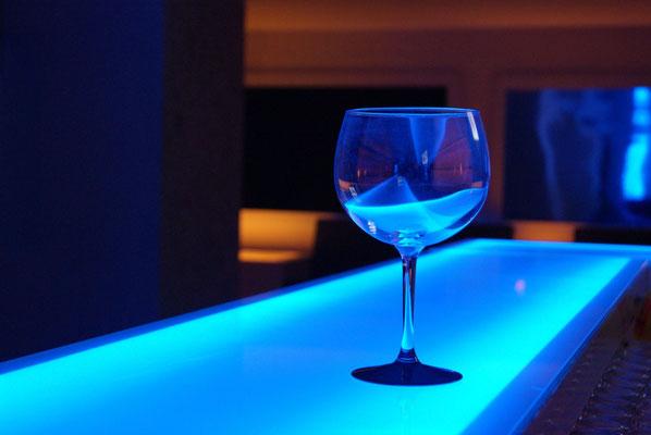 Technische Gläser, Schaltbares Glas, Farbfolien, farbiges Glas, Hinterleuchtung