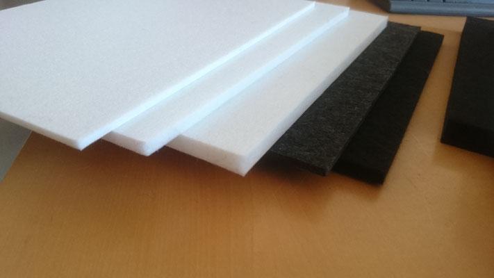 PET Flies - Akustikplatten mit B1 Zertifizierung als schallschluckende Verkleidung zur Korrektur und Reduzierung des Nachhalls.