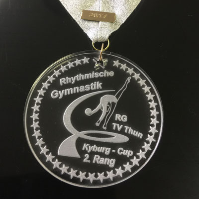 Silbermedaille aus Acrylglas mit Lasergravur