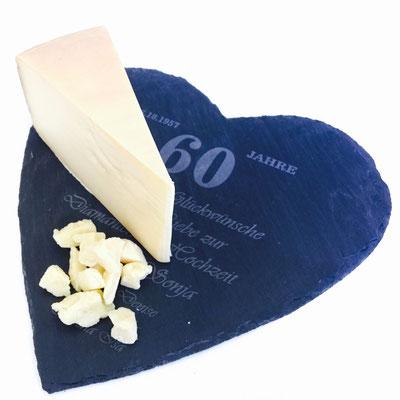 Diamantene Hochzeit herzförmige Käseplatte 30x30 Schiefer