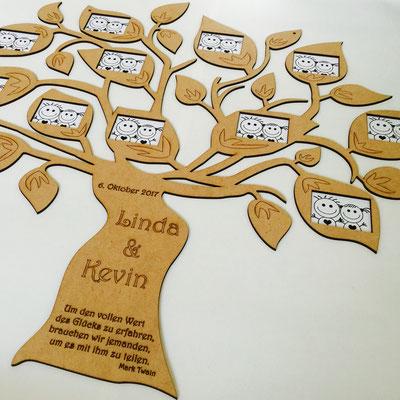 Lasercut Baum mit Gravur deines persönlichen Textes sowie Fotos deiner Gäste