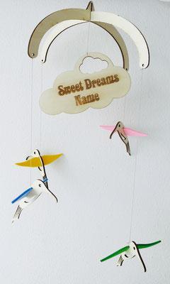"""Mobile """"Kolibri"""": Mobile aus Holz mit farbigem Filz individuell zu Gestalten und mit Name"""