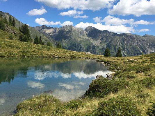 Ein Bergsee von über 60 im Lungau - der Tiefenbachsee