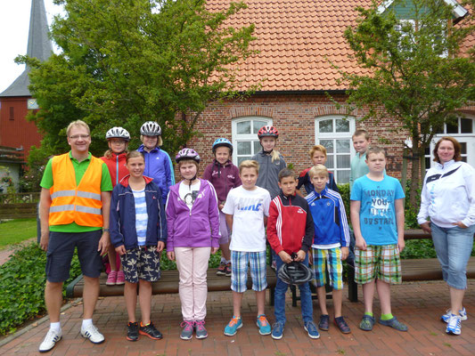 Fahrradtour ins Wingster Schwimmbad