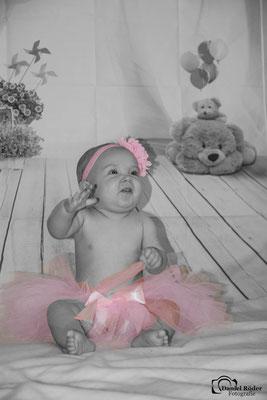 Newborn Emma 2