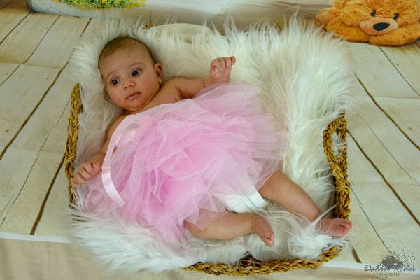 Newborn Lynn-Sofia 4