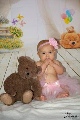 Newborn Emma 6