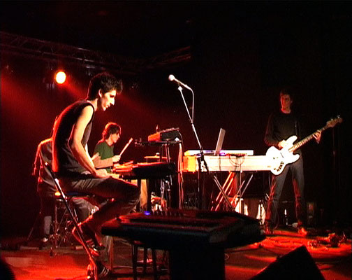 live at Scheune, Dresden 2005 (photo: M. Scheja)