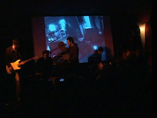 live at Thalia Cinema Dresden, 2009 (photo: seveninch)