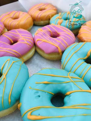 roze en zeegroene donuts