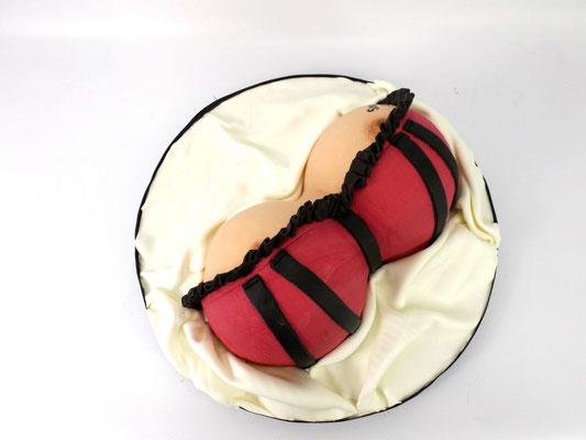 #borstentaart taart met borsten