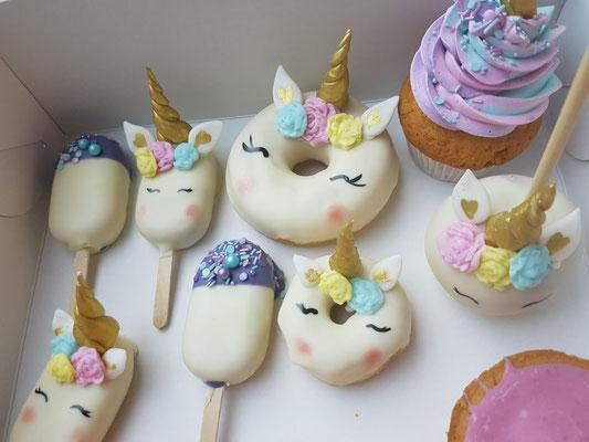 Unicorn donuts, unicorn mini magnum, unicorn cupcakes